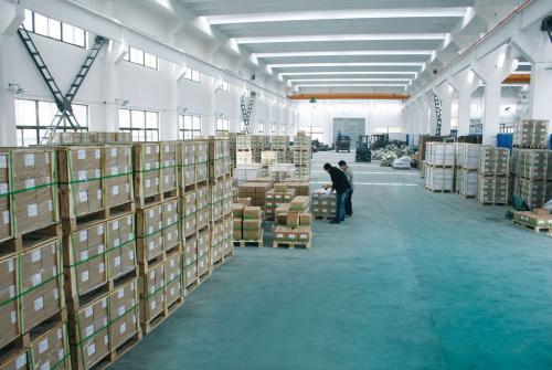 仓库使用工业除湿机的重要性