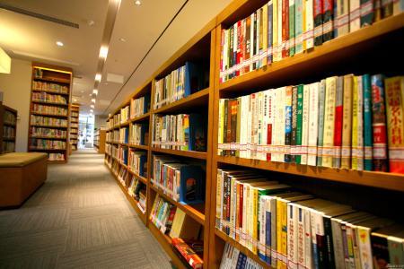 在图书馆使用除湿机的必要性