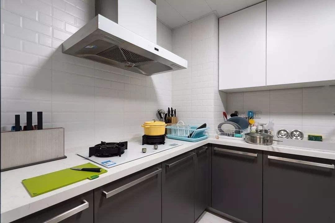 厨房潮湿环境使用千元内除湿机