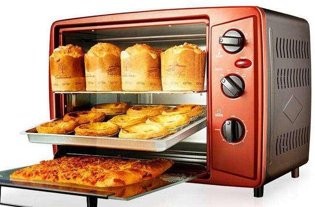 电烤箱使用中的保养和清洗过程