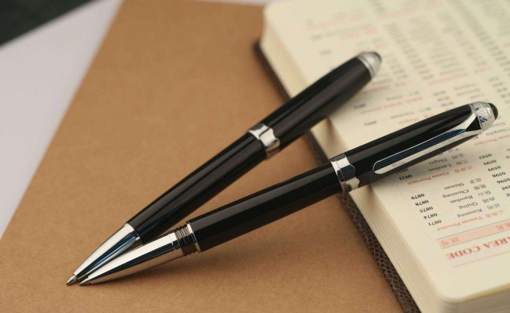 如何正确使用中性圆珠笔