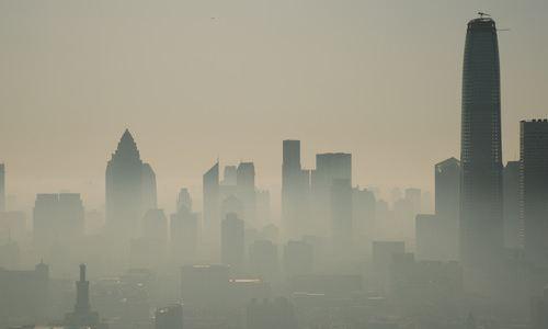 雾霾天快开新风除湿机