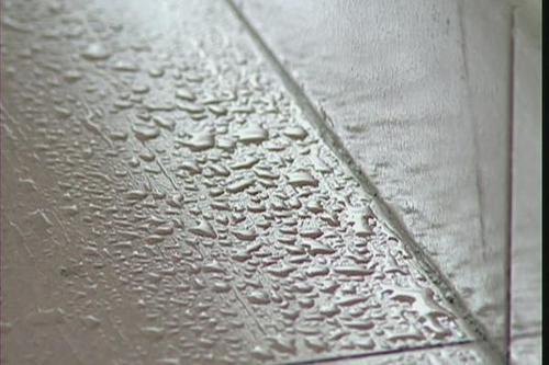 潮湿天用除湿机