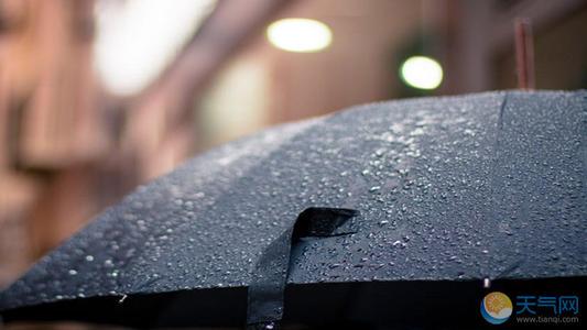 梅雨天除湿机带你摆脱潮湿感